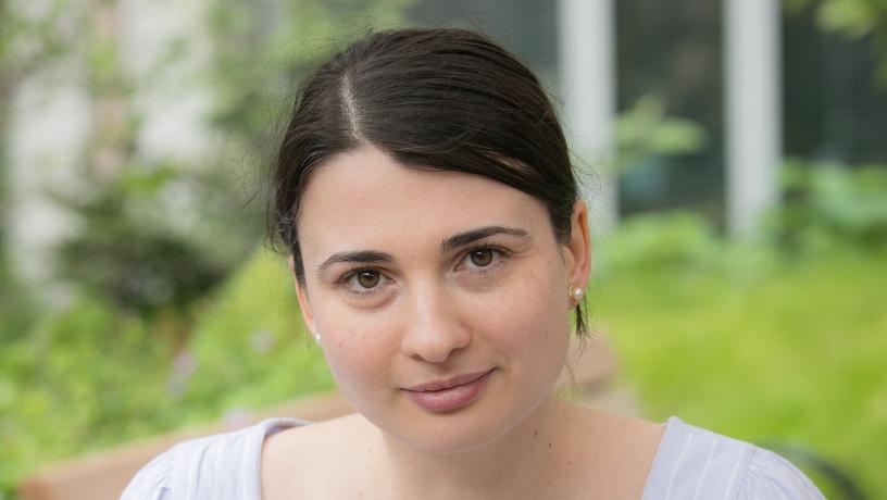 Portrait of Prof. Roxana Geambasu.